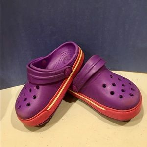 Toddlers crocs Sz4/5 color purple/red/yellow cute
